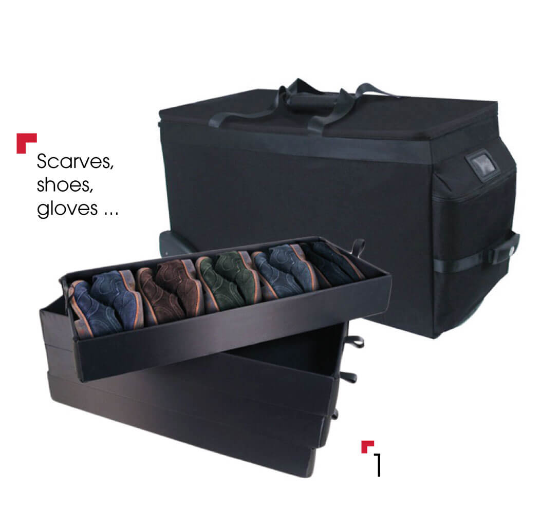 accessory bag with 4 trays